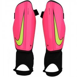 Nagolenniki Nike Charge 2.0 SP2093 612
